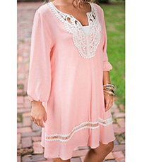 Knee Length Dress – Pink and White / Lace Trim