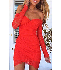 Off The Shoulder Lace Dress – Dropped Sleeves / Red / Strapless