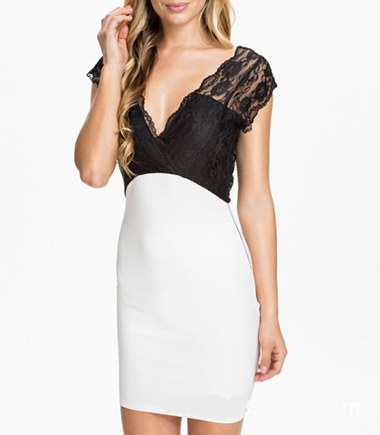 Black White Bombshell Dresses – Black Lace Vee Top