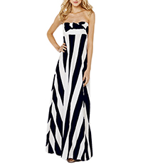 Maxi Dress – Horizontally and Vertically White Black Stripes / Sleeveless