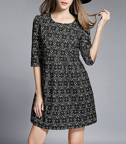 Printed Mini A Line Dress – Black and White / Three Quarter Length Sleeves