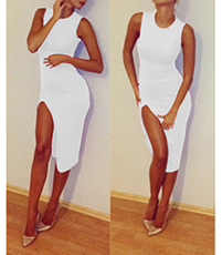 Sexy Formfitting White Dress – Thigh High Slit / Sleeveless
